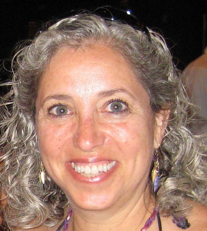 Elisabeth Bass headshot